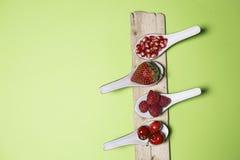 Bacche dell'antiossidante di Bodegon immagini stock