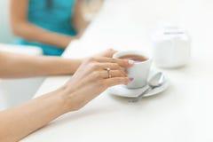 Bachelorette przyjęcia obrączki ślubnej zaręczynowy palec Obrazy Stock