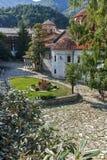 BACHKOVO修道院,保加利亚- 2017年8月23日:古老大厦在中世纪Bachkovo修道院里 库存图片