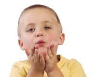 Baci di salto del giovane ragazzo Fotografia Stock Libera da Diritti