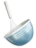 Bacia azul com um batedor de ovos Foto de Stock Royalty Free