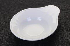 bacia branca da porcelana fotos de stock