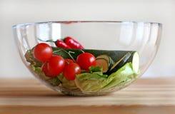 Bacia com vegetais Imagens de Stock