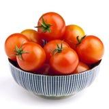 Bacia completamente de tomates Fotos de Stock Royalty Free