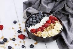 Bacia da Buda do café da manhã com fruto Imagens de Stock Royalty Free