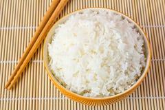 Bacia de arroz cozinhado fotos de stock royalty free