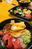 Bacia de arroz do Sashimi Fotos de Stock Royalty Free
