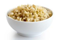 Bacia de arroz integral cozinhado da grão longa fotografia de stock