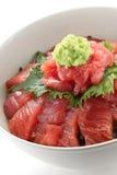 Bacia de arroz japonesa do atum Imagens de Stock Royalty Free