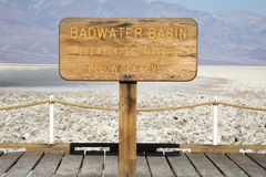 Bacia de Badwater em Death Valley Foto de Stock