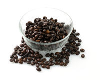 Bacia de café preto Fotos de Stock Royalty Free