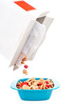 Bacia de cornflakes Imagens de Stock Royalty Free