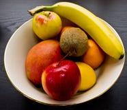 Bacia de fruta fotografia de stock royalty free