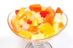 Bacia de frutas da mistura imagens de stock royalty free