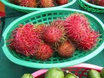 Bacia de fruto Fotos de Stock Royalty Free