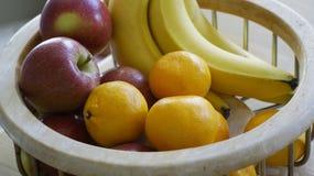 Bacia de fruto foto de stock royalty free