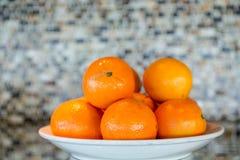 Bacia de laranjas imagem de stock
