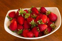 Bacia de morangos Foto de Stock Royalty Free