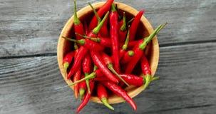 Bacia de pimenta de pimentão brilhante vídeos de arquivo