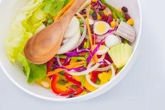 Bacia de salada fresca da mistura Imagens de Stock Royalty Free
