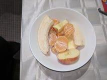 Bacia de salada de fruto fotografia de stock