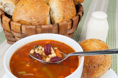 Bacia de sopa do minestrone Imagem de Stock Royalty Free