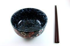Bacia e Chopsticks Fotos de Stock Royalty Free