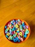 Bacia frutado de cereal fotografia de stock royalty free
