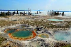 Bacia ocidental do geyser da batida e parque nacional do lago Yellowstone, Yellowstone, Wyoming fotos de stock