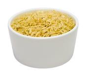 Bacia pequena de arroz seco do jasmim de Brown foto de stock royalty free