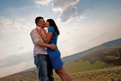 Baciare delle coppie Immagine Stock