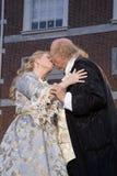 Baciare di Ben Franklin e di Betsy Ross Fotografia Stock Libera da Diritti