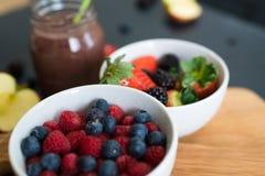 Bacias de fruto borradas Imagem de Stock