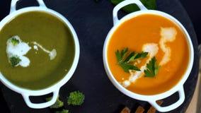 Bacias de sopa dos brócolis e da abóbora filme