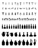 Bacias, garrafas, vidros e corkscrew Imagens de Stock Royalty Free