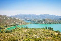 Bacina Seen, Dalmatien, Kroatien - Überblick über den schönen Bacina Seen stockfoto
