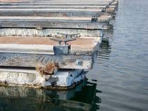 Bacini della barca allineati Immagine Stock Libera da Diritti