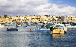 Bacino di Marsaxlokk nell'isola di Malta fotografie stock libere da diritti