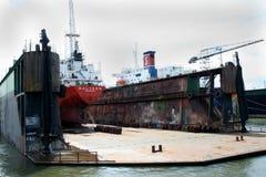 Bacino galleggiante nel porto di Rotterdam Immagine Stock