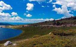 Bacino idrico della diga di Belmeken, Bulgaria Immagini Stock