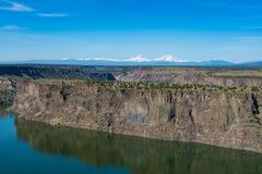 Bacino idrico di Billy Chinook del lago nell'alto deserto centrale dell'Oregon fotografia stock libera da diritti