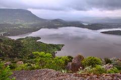 Bacino idrico di irrigazione di paesaggio del lago dell'acqua dolce Fotografie Stock Libere da Diritti
