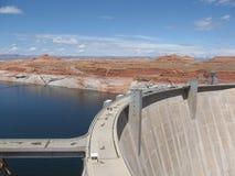 Bacino idrico massiccio nel lago Powell, Arizona. Immagine Stock