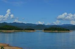 Bacino idrico naturale fotografie stock libere da diritti