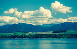 Bacino Liptovska Mara, Slovacchia dell'acqua Immagini Stock