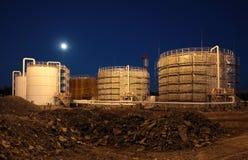 Bacino petrolifero di notte Fotografia Stock Libera da Diritti