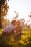 Bacio del fratello Fotografie Stock Libere da Diritti