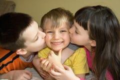 Bacio sulla guancica immagine stock