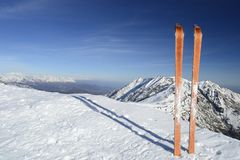 Back country ski on the top Royalty Free Stock Photos