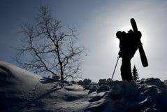 backcountry滑雪者剪影  免版税图库摄影